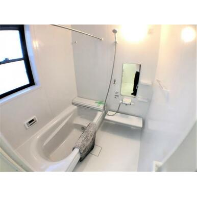 【浴室】ゆったり1.0坪のユニットバス♪