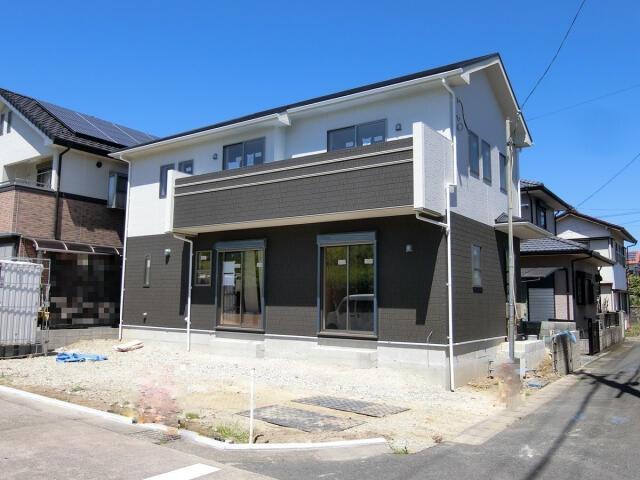 一宮市 浅井町河田字桜の里 2階建 4LDKの写真