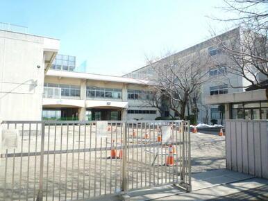 本宿中学校