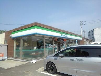ファミリーマート丸亀土居町店