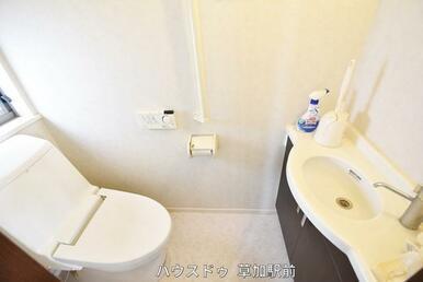 トイレは1階2階共にございます!朝の身支度にも込み合わずに済みそうですね(^^♪