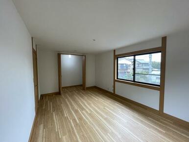 2階約12.7帖洋室