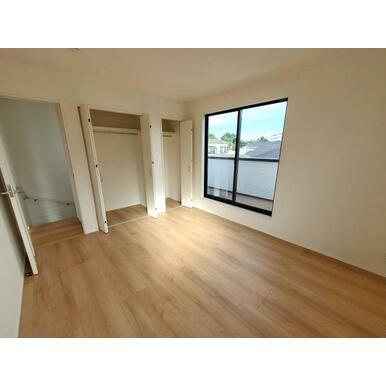 浴室 全室収納スペース付きなので住空間もスッキリします。
