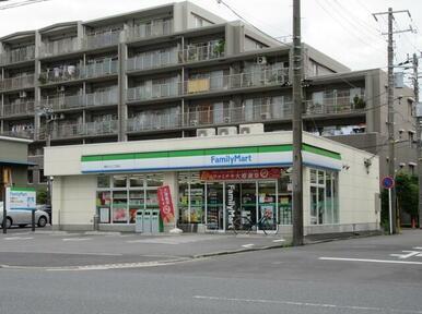 ファミリーマート横浜入江二丁目店