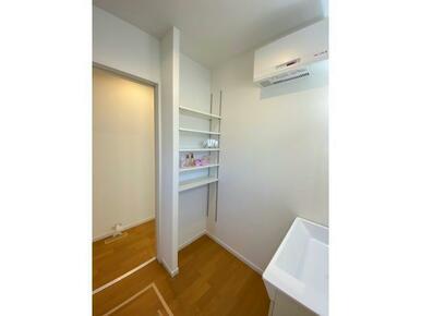 洗面室 収納スペース