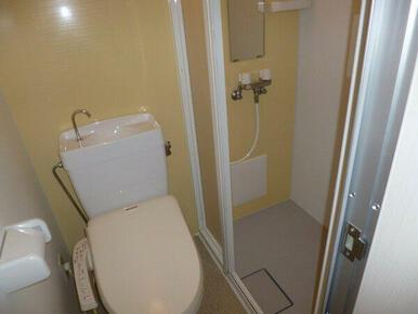 シャワー室あり