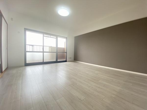 ライオンズマンション植田ヒルズイースト 806 8階 4LDKの写真