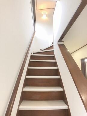 階段の雰囲気でございます