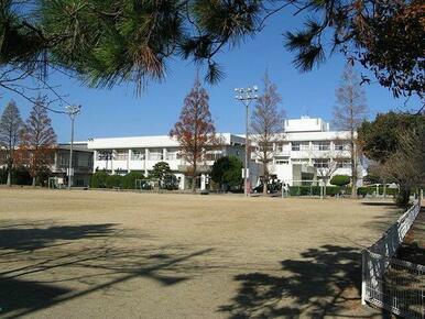 平島小学校