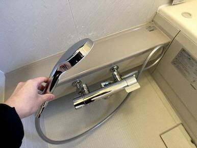 高級感のあるメタル調の水栓