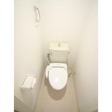 シャワートイレで快適な毎朝を迎えられそうです。