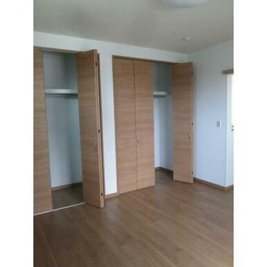 収納スペースは各部屋にあります。