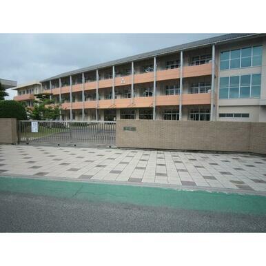 観音寺市立柞田小学校