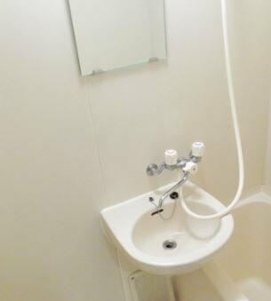 コンパクトで使いやすい洗面台