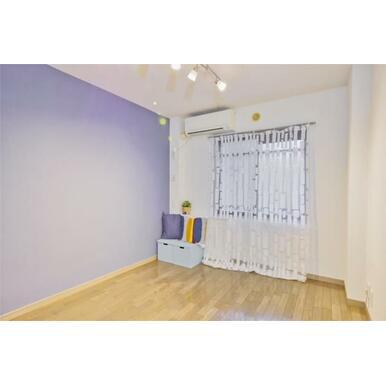 ※写真は別の部屋のものです。※備品は装飾用です。