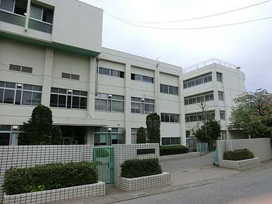 神根中学校