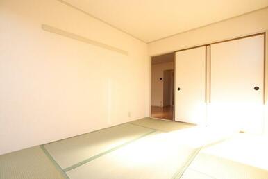 6帖和室は寝室としてもお使い頂けます♪