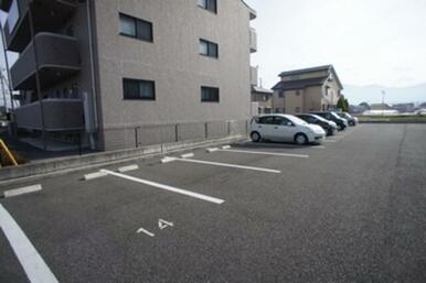 ◆各世帯駐車場2台付◆