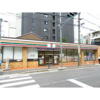 セブンイレブン名古屋泉1丁目店