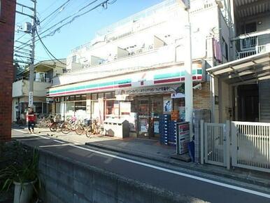 セブンイレブン 横浜六角橋2丁目店