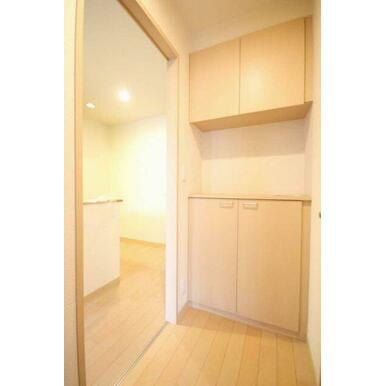 ◆玄関◆シューズボックス設置していますので玄関もスッキリ☆