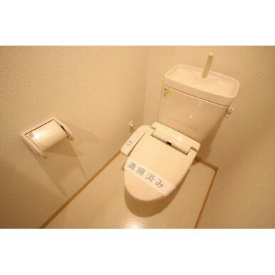◆トイレ◆洗浄機能付き便座設置しています!
