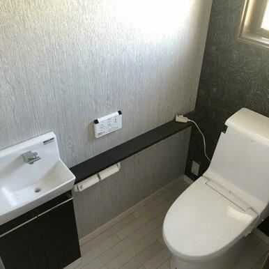 5年前にリフォーム済の1Fトイレ