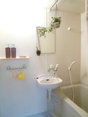 浴室(写真はイメージです)