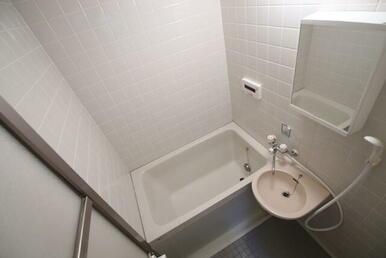 追焚き付きのバスルーム