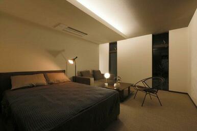 【B号地プラン例②】海外のホテルのようなモダンテイストのベッドルーム。控えめで上品なグレートーンを基