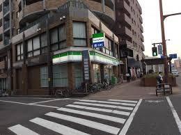 ファミリーマート室見駅前店