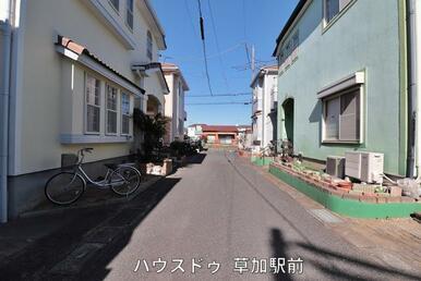 清門小学校まで徒歩6分(約450m)新栄中学校まで徒歩13分(約1000m)お子様が無理なく通える…