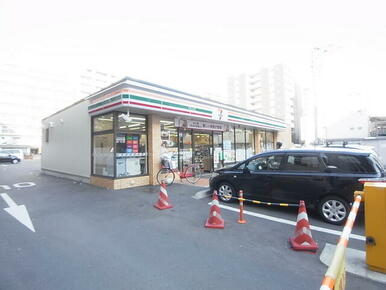 セブンイレブン福岡清川2丁目店