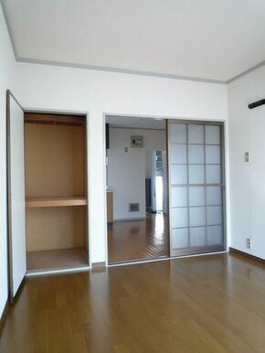 洋室6帖の収納スペース♪