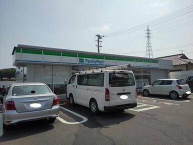 ファミリーマート丸亀山北町店