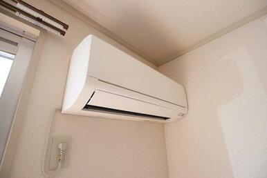 設備のエアコンです♪