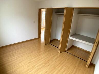 2階東側洋室(2)