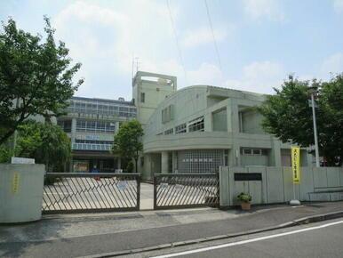 荏田西小学校