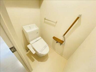 自分だけのホッとする空間。洗浄便座で快適ですよ☆