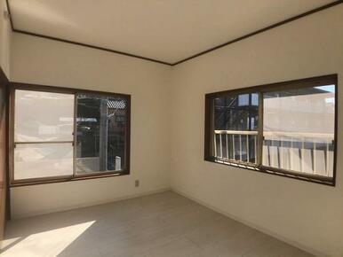 2階西側約6帖洋室