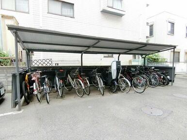 ★敷地内に無料の駐輪場があります★