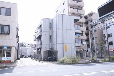 『三ツ沢下町』駅まで平坦な道で徒歩5分