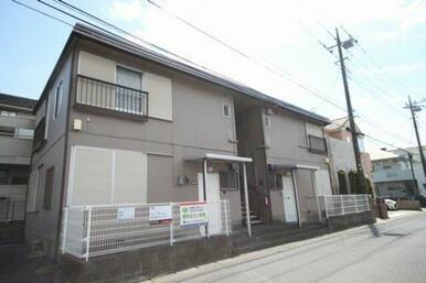 東武スカイツリーライン「新越谷駅」「越谷駅」、JR武蔵野線「南越谷駅」の3駅にアクセスできます。
