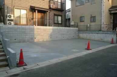敷地内駐車場(空き状況要確認)