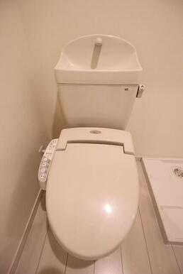 便利な洗浄機能付き便座♪