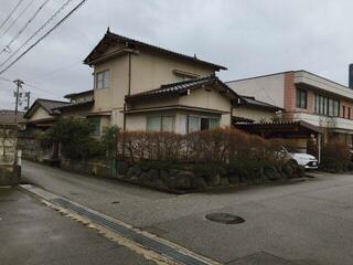 西田 地方 小学校