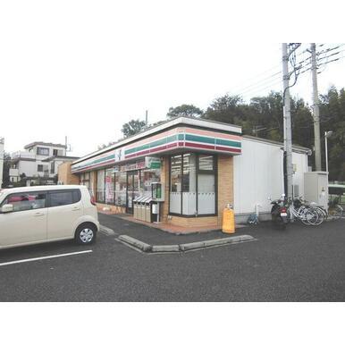 セブンイレブン西所沢山口店