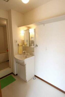 清潔な印象の洗面所♪