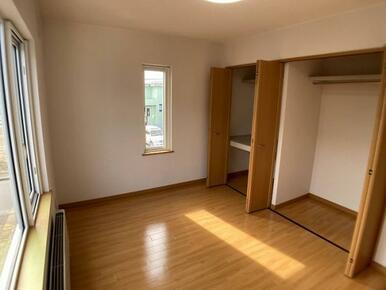 2階西側洋室(2)