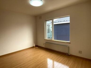 2階東側洋室(1)